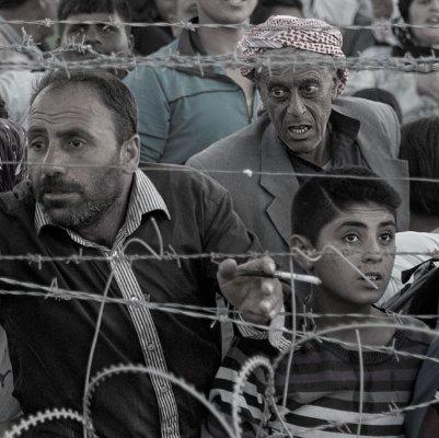 Actio Global y Cruz Roja ayudando a los refugiados de Europa